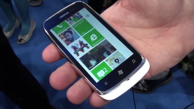 โทรศัพท์ Windows Phone Tango ราคาถูกแต่ความสามารถน้อย