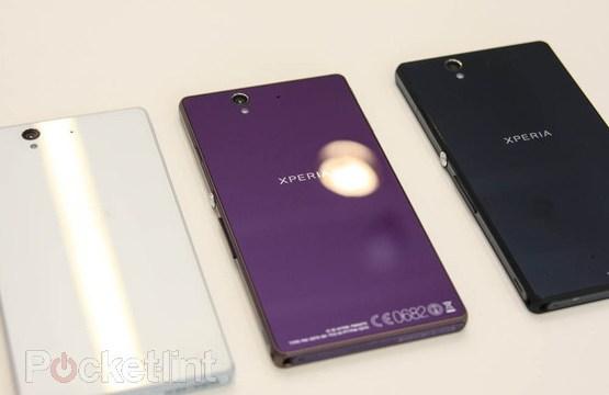 เปรียบเทียบกันเน้นๆ XPERIA Z เจอ Galaxy Note 2