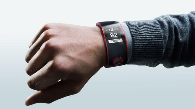 Nissan จะทำ Smartwatch กับเขาบ้าง งานนี้สนุกแน่