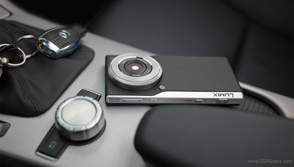Panasonic จับมือถือ Android เน้นกล้อง DMC-CM1 เตรียมวางขายใน UK 1 ธันวาคมนี้