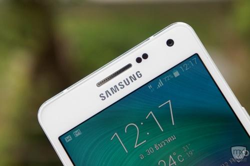Samsung Galaxy A5 : Palm selfie ฟีเจอร์แจ่มๆ แค่ยกมือก็ Selfie เก๋ๆ ได้