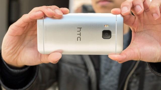 HTC ออกอัพเดทใหม่ประเดิม One M9 สนับสนุนการถ่ายภาพฟอร์แมต RAW