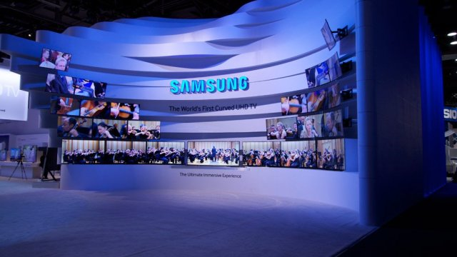 Samsung เตรียมผลิตจอ OLED โปร่งแสง, พร้อมลดช่องว่างต้นทุนแข่ง LCD กลางปี