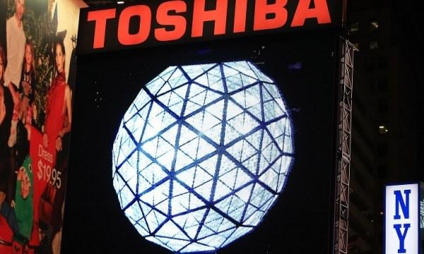 Apple สั่งลุย Foxconn พร้อมทุ่มเงิน 2.7 หมื่นล้านเหรียญ ซิวกิจการ Toshiba