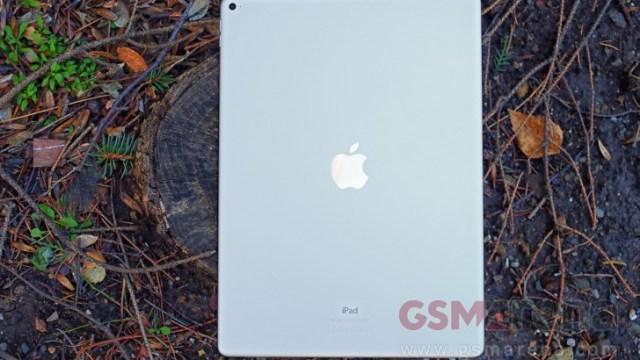 ลือ Apple เตรียมปล่อย iPad รุ่นจอ 10.5 นิ้วปีหน้า เริ่มผลิต ธ.ค. นี้