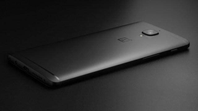 ปรบมือ!! ผู้ก่อตั้งเผย OnePlus 3T รุ่นสีดำ (Midnight Black) ขายหมดแล้วจ้า