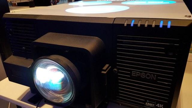 Epson กระตุ้นตลาดโปรเจคเตอร์ต้นปี เปิดตัวเลเซอร์โปรเจคเตอร์ 4K แท้รุ่นแรก