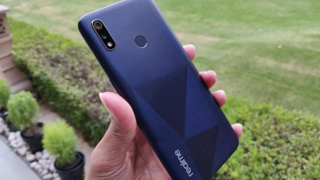 เปิดตัว Realme 3i ใช้ชิป Helio P60, แบตฯ 4230mAh และบอดี้ Diamond-cut