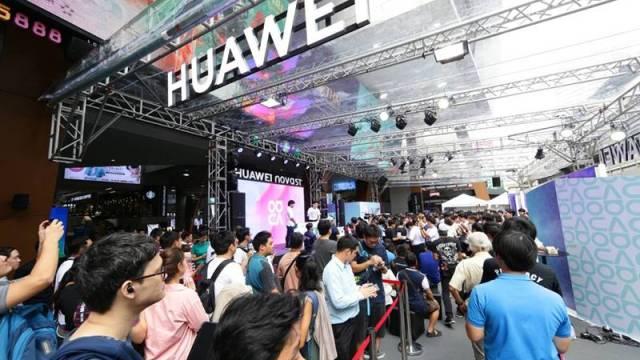 หัวเว่ยจัดงาน HUAWEI nova 5T Day Exclusive Pre-Sale รับเครื่องจองก่อนใคร