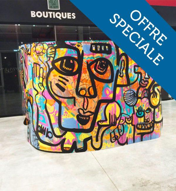 Team Building Lyon : Animation créative durant laquelle l'artiste aNa créée avec vos convives une oeuvre d'art gigantesque en team building tube graffiti géant