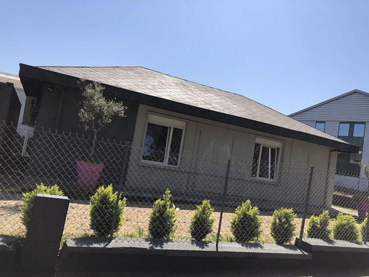 Coté rue Bureaux et Habitation à vendre situé au 1 rue Saint Léonard 69270 Couzon-au-Mont-d'Or