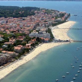 Arcachon, ses jetées et ses plages