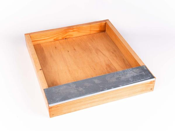 Voederbak in hout Spaarkast 473 x 420 mm