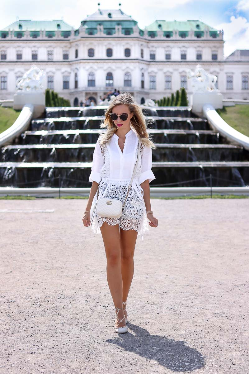Outfit Eyelet Dress at Palace in Vienna