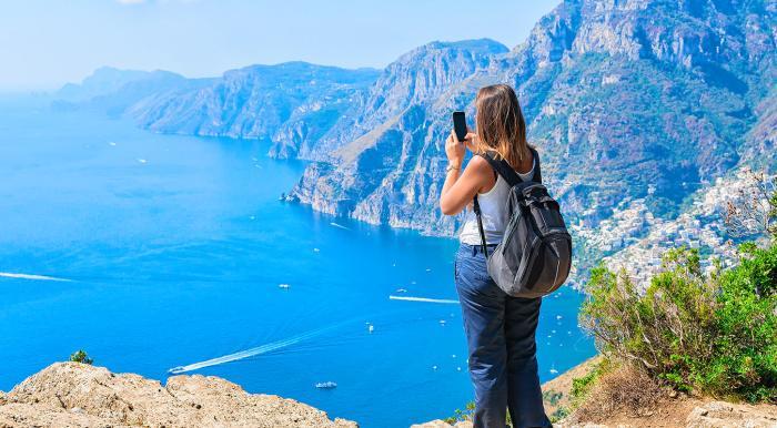 Amalfi Coast : The Hike of The Path of  Gods