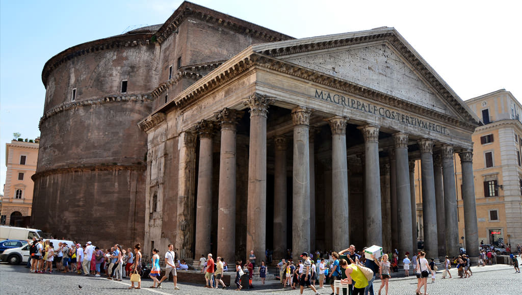 The Surprising Pantheon in Rome