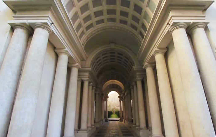 Optical illusions in Rome