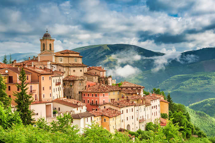 Holidays in Umbria, the green heart of Italy