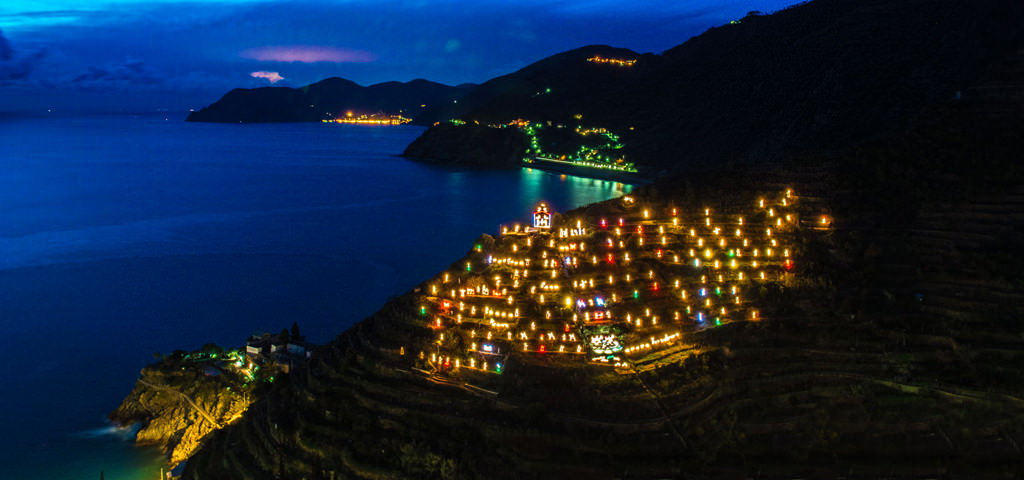Manarola and its Nativity Scene: the Beauty of Cinque Terre during Christmas