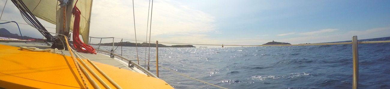 balade en mer croisiere en voilier habitable dans le var et cote azur six fours les plages ile embiez