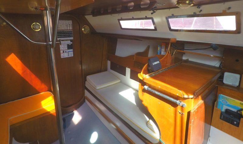 location voilier habitable bateau var promenade balade en mer croisiere a la carte avec skipper provence cote azur bandol cassis marseille my sail croisiere mediterranee carre
