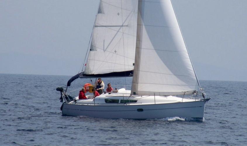 Voilier Sun Odyssey 32i location-voilier-my-sail-croisiere-a-la-carte-balade-avec-sans-skipper-var-provence-cote-azur-mediterranee