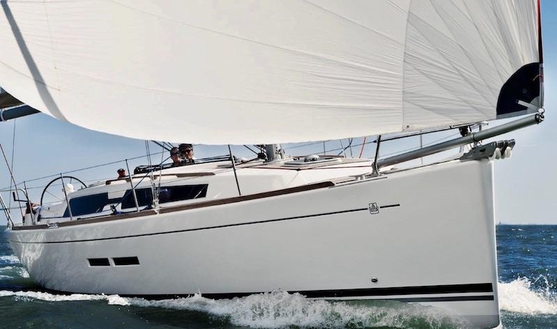 Location-voilier-dufour-375-GL-mediterranee-var-my-sail-croisiere-mediterranee