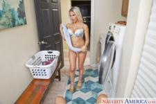 Rachel Roxxx pummeling in the floor with her ample orbs in Housewife 1 on 1