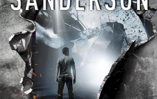 """Cover of Brandon Sanderson's """"Steelheart"""" novel."""