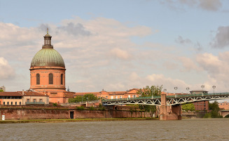 Toulouse Bridge over Garonne, Occitania France