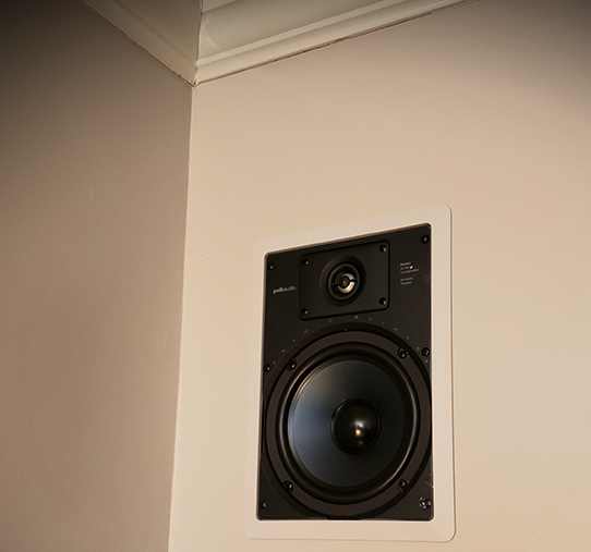 Polk Audio 6.5 RC85i in wall speakers without grill