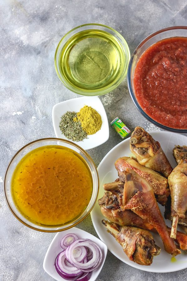 ingredients used to cook Nigerian chicken stew