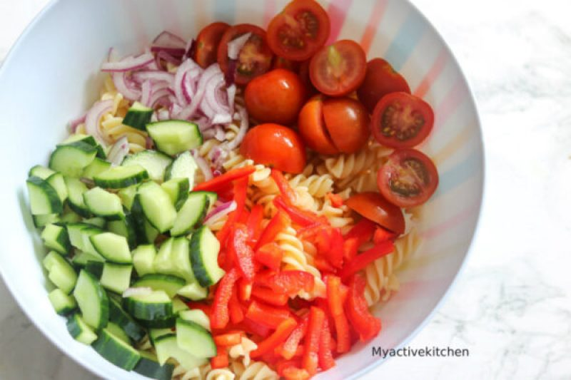 pasta vegetables and dressing