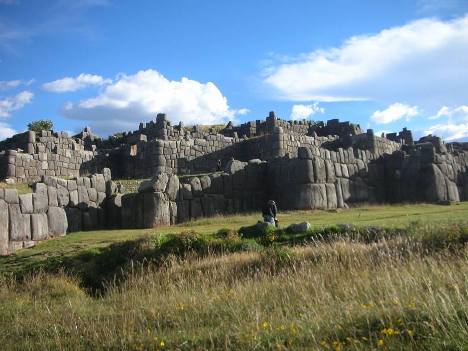 Places to visit in Peru: Sacsaywaman