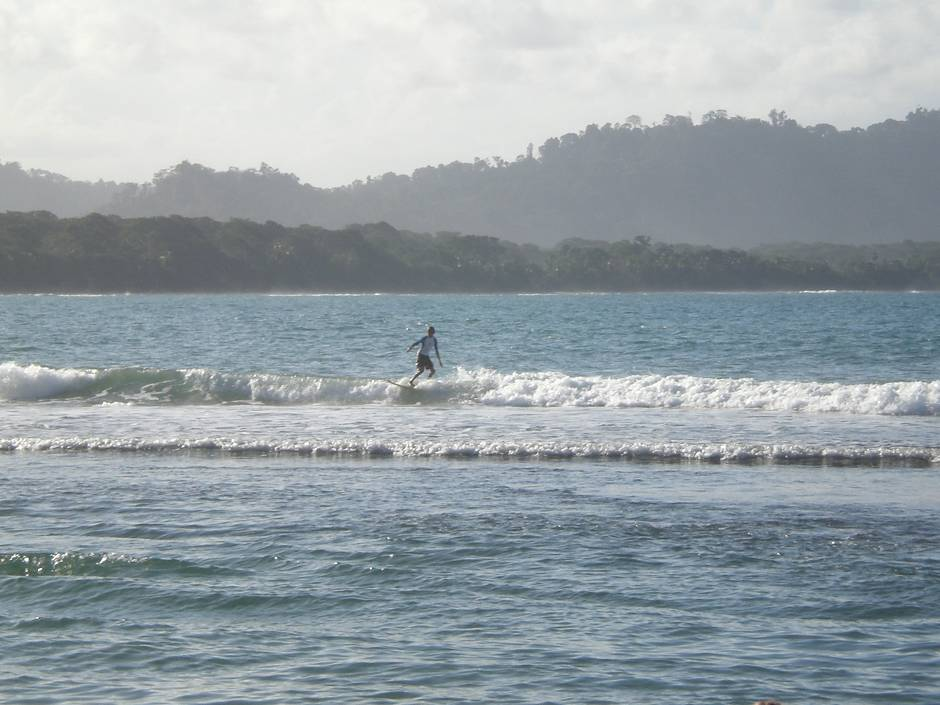 Best things to do in Costa Rica: SURFING!
