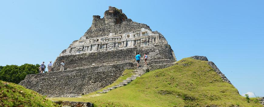 Belize attractions: mayan archeological sites