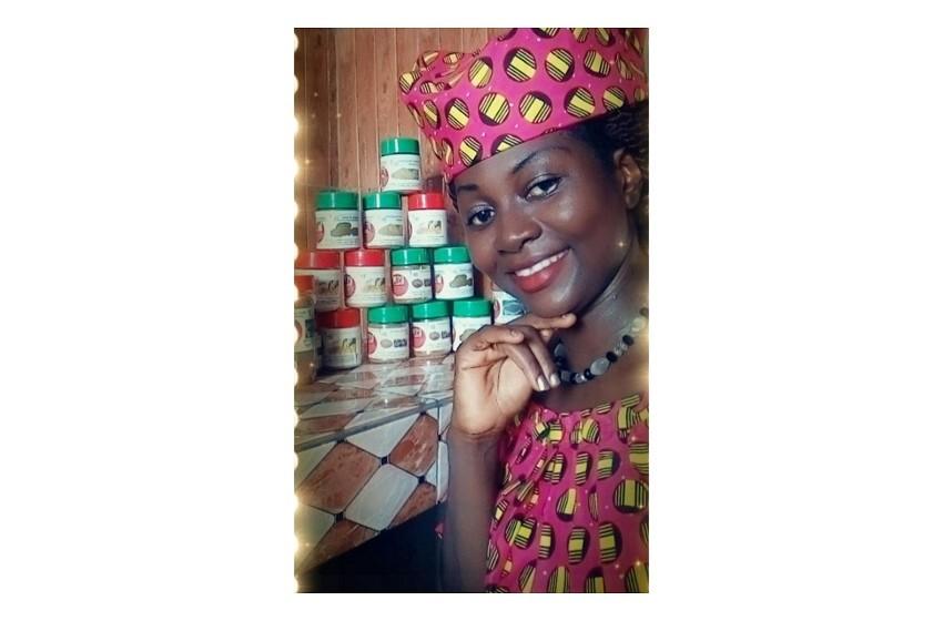 """Togo/ """"L'épicerie BJ"""", une entreprise de production de poudres d'épices naturelles créée par  Soklou Kossiwa Dzigbodi"""