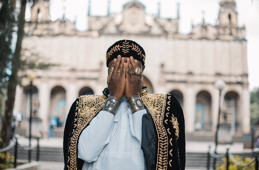 Togo/ Entre les mots et la musique, l'Arctiviste Elom 20ce s'engage à l'éveil des consciences !