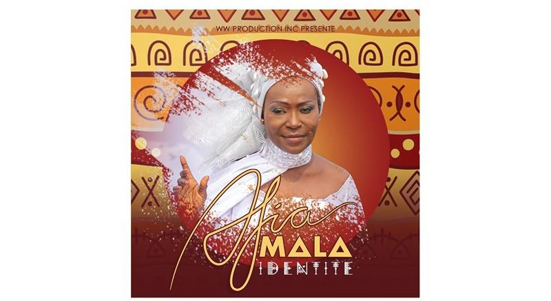 """Togo/ """"Identité"""": Afia Mala, 45 ans de carrière, toujours micro à la main"""