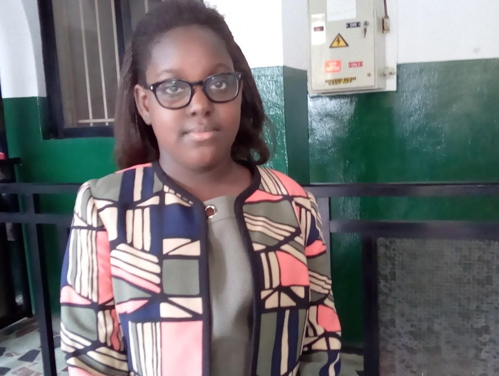 Nigéria : Emmanuella Mayaki enseigne l'informatique à l'âge de 10 ans seulement en Angleterre