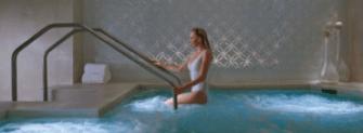 Condo amenities, swimming pool