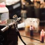 How to build an airbrush makeup kit?