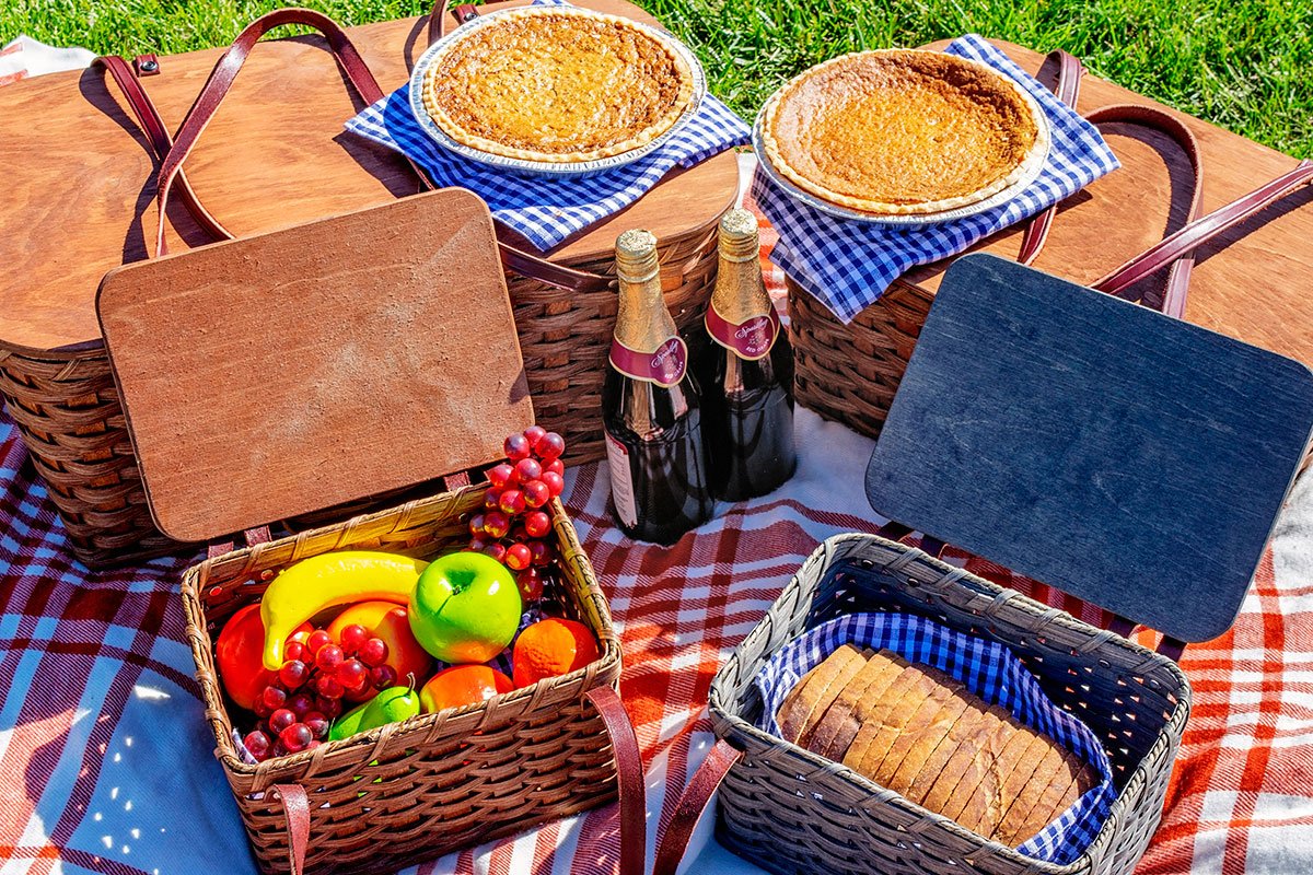 Amish Made Picnic Basket Collection