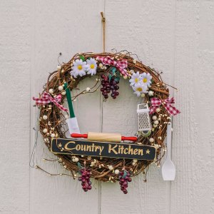 "14"" Grape Country Kitchen Wreath"