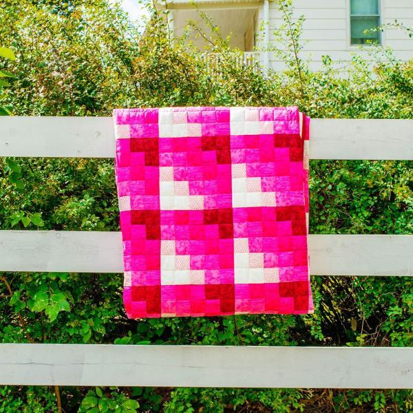 Amish and Mennonite Made Quilts - Mariner's Star