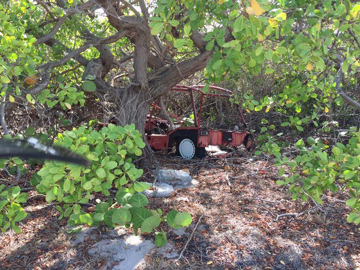 Scrub Island old vehicle