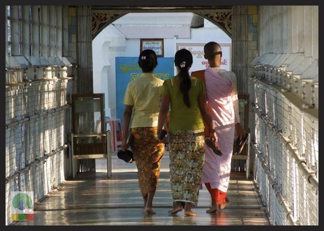 Shwesandaw Pagoda - Pyay - Myanmar (Burma) 4