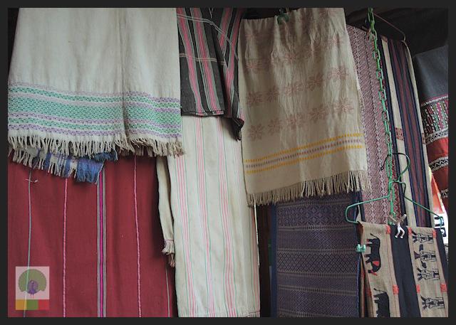 Shopping Cloth in Yangon - Bogyoke Aung San Market (former Scott's Market) - Myanmar (Burma) 4