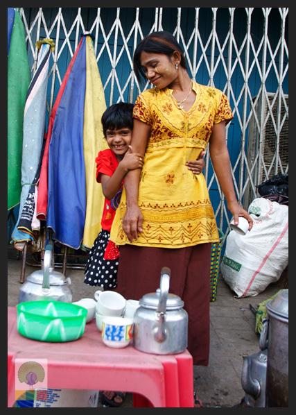 Smiles - Burmese woman and daughter at teashop - Yangon - Myanmar (Burma)