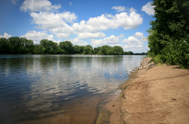 Mississippi_River_Views_1551203150189.jpg